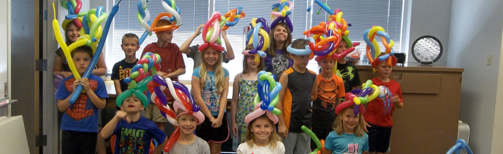 balloon hats feature ready